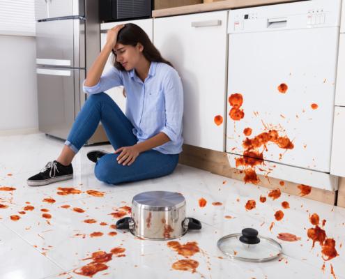 Jokari Spilling Leftovers 1